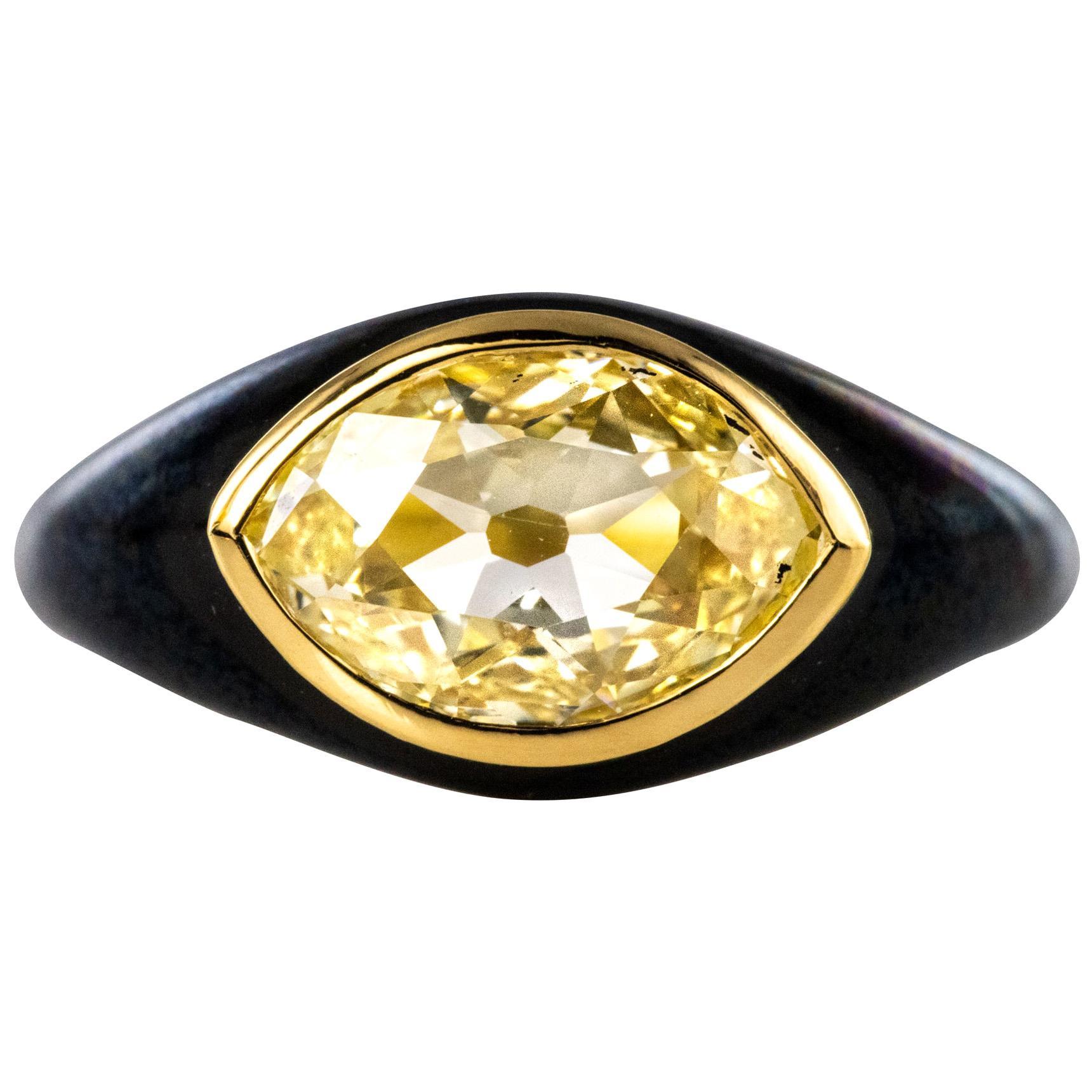 19th Century 1.95 Carat Yellow Diamond Black Enamel 18 Karat Yellow Gold Ring