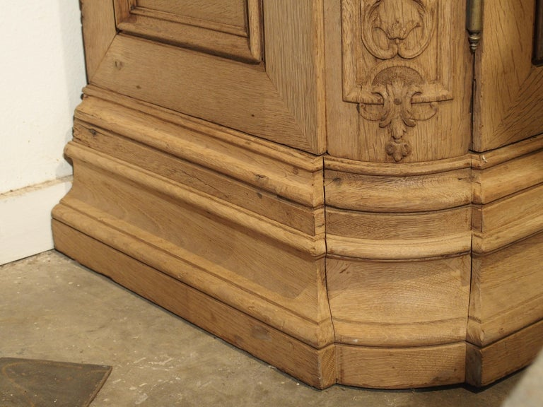 19th Century 3-Door French Oak Sacristy Cabinet in the Regence Style For Sale 7