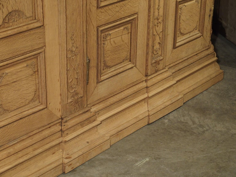 19th Century 3-Door French Oak Sacristy Cabinet in the Regence Style For Sale 3