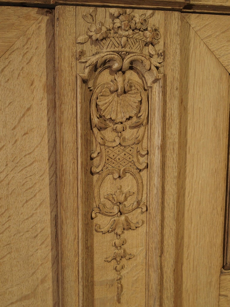 19th Century 3-Door French Oak Sacristy Cabinet in the Regence Style For Sale 4
