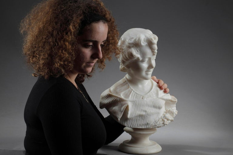 19th Century Alabaster Sculpture Bust of a Young Girl For Sale 11