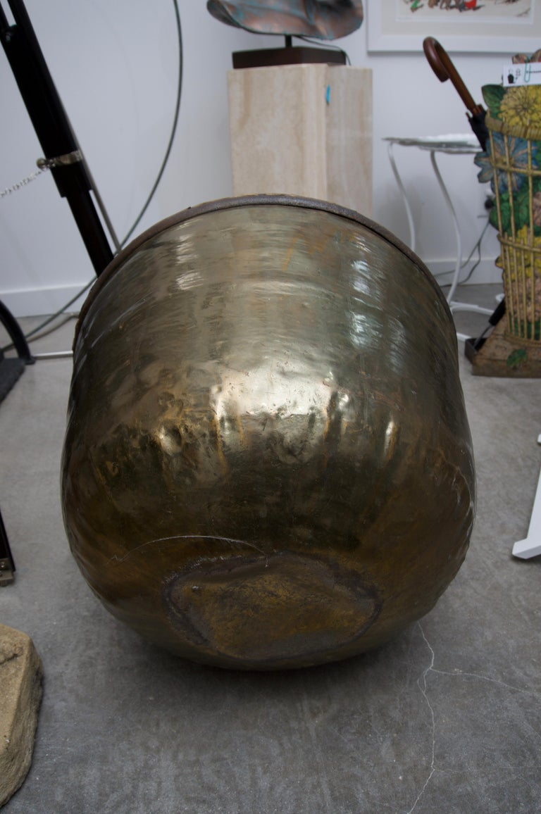 19th Century American Brass Caldron In Good Condition For Sale In West Palm Beach, FL