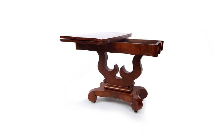 19th Century American Empire Mahogany Game Table For Sale 4