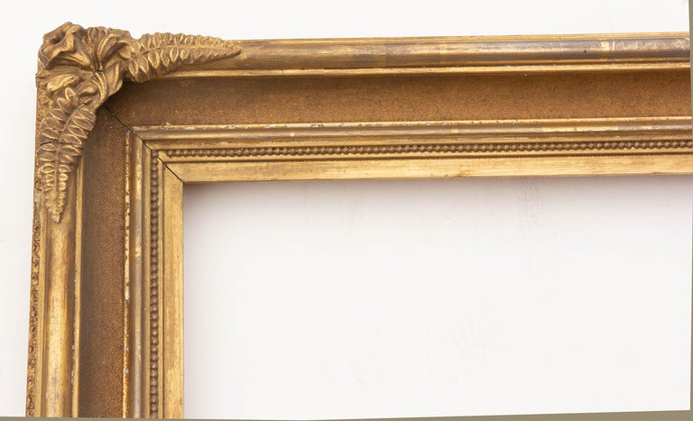 Antique American gilt sand cove picture frame. Good original gilding, circa 1860s. Rabbet 19.5