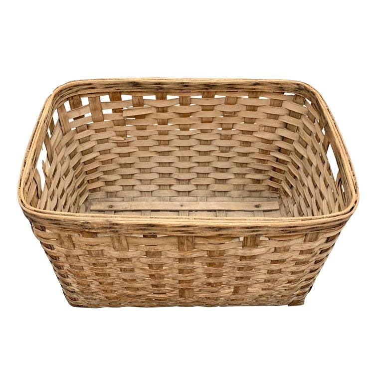 Rustic 19th Century American Oak Splint Basket For Sale