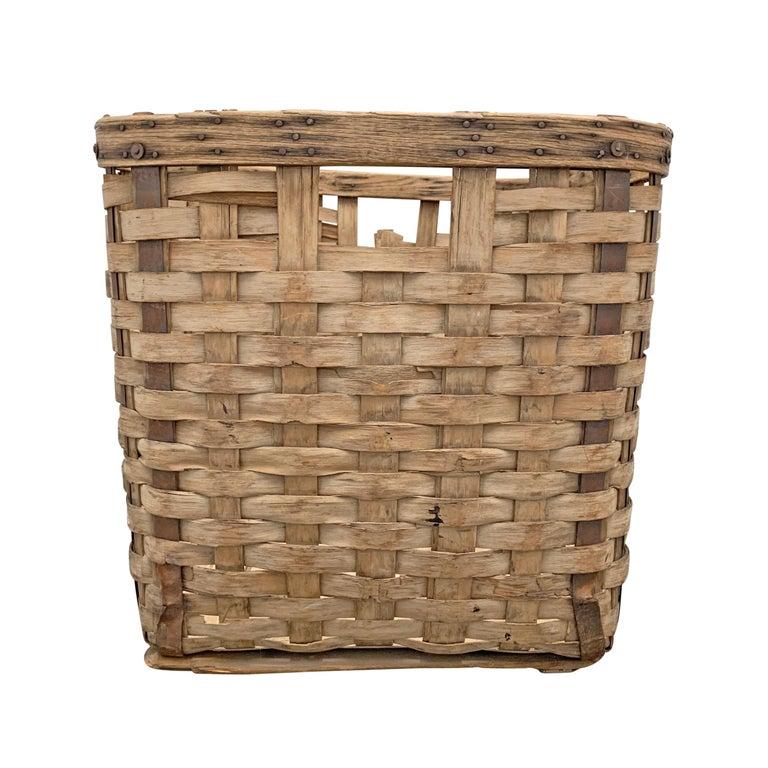 19th Century American Oak Splint Basket For Sale 1
