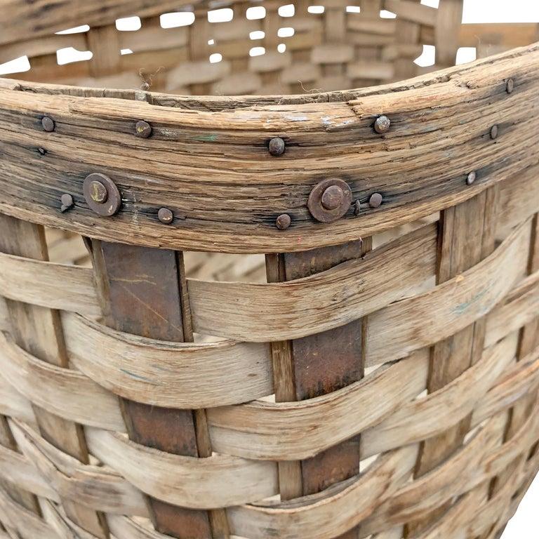 19th Century American Oak Splint Basket For Sale 4