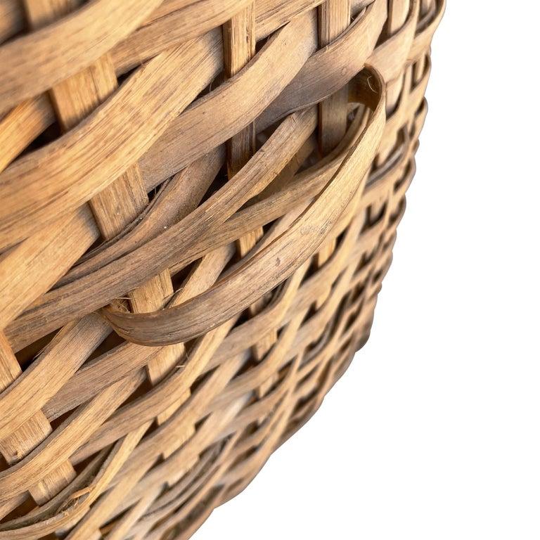 19th Century American Oak Splint Feather Basket For Sale 5