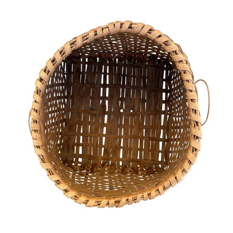 19th Century American Oak Splint Feather Basket For Sale 6