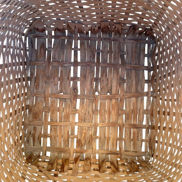 19th Century American Oak Splint Feather Basket For Sale 8