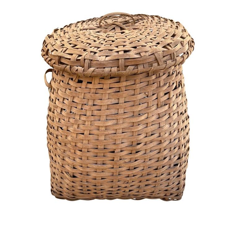 19th Century American Oak Splint Feather Basket For Sale 1