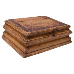 19th Century American Pine Primitive Decorative Box