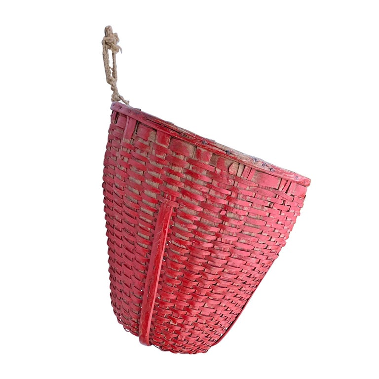 Oak 19th Century American Red Painted Gathering Basket For Sale