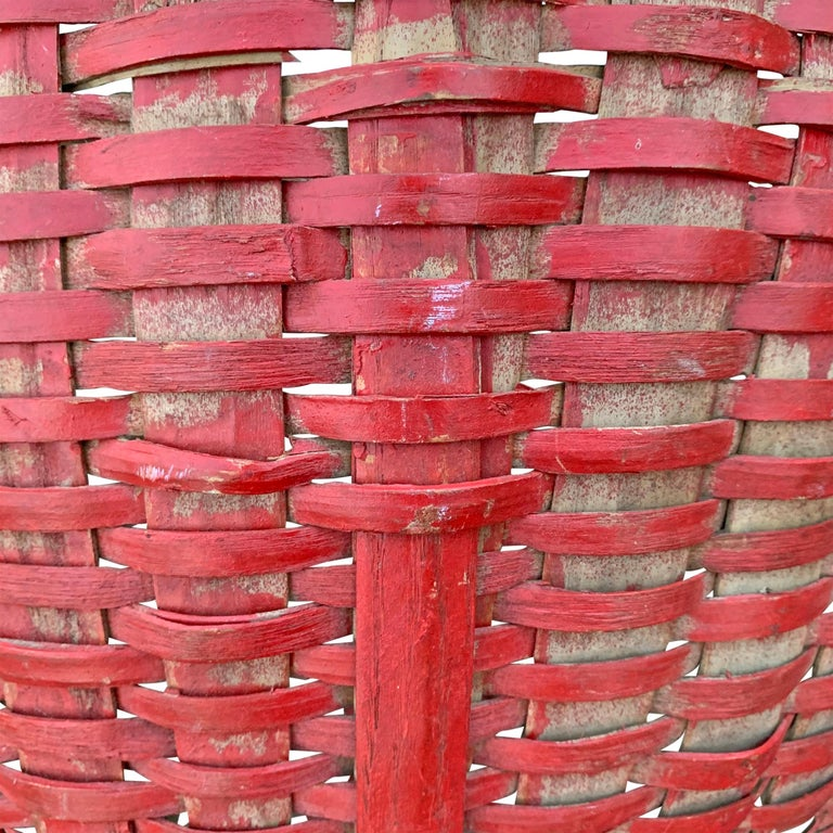 19th Century American Red Painted Gathering Basket For Sale 3