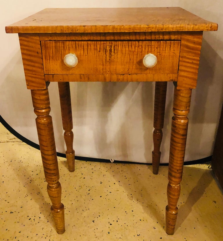 Wood 19th Century American Sheraton Cherry and Tiger Maple Stand with One Drawer For Sale