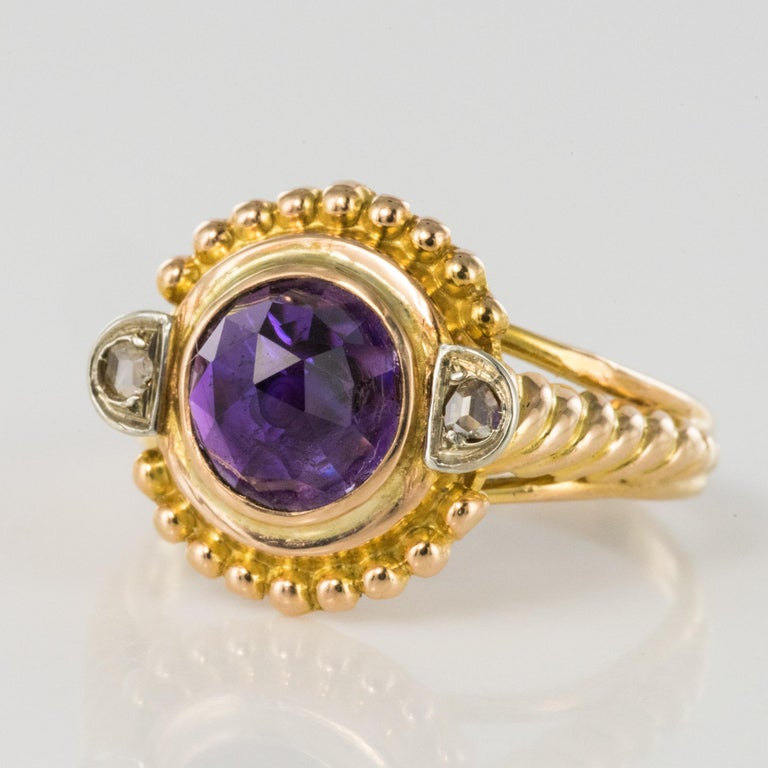 19th Century Amethyst Diamonds 18 Karat Yellow Gold Ring For Sale 1