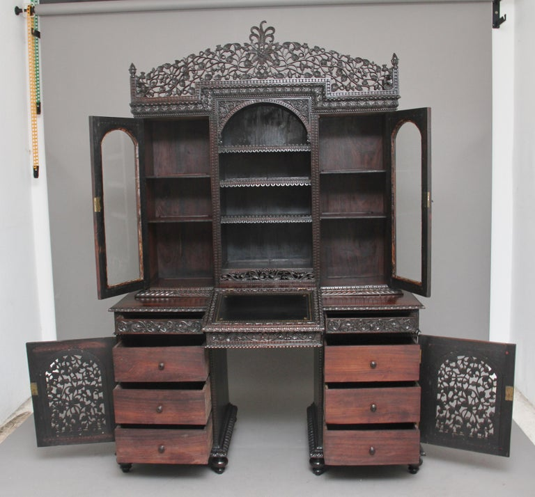 19th Century Anglo-Indian bookcase In Good Condition For Sale In Martlesham, GB
