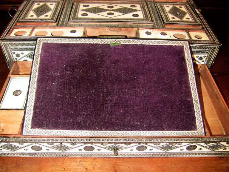 19th Century Anglo-Indian Large Sadeli Sewing Box with Hidden Writing Slope For Sale 4