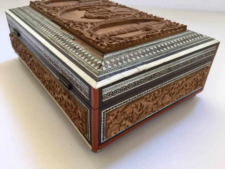 19th Century Anglo-Indian Sadeli Mosaic Jewelry Box with Lidded Compartments For Sale 6