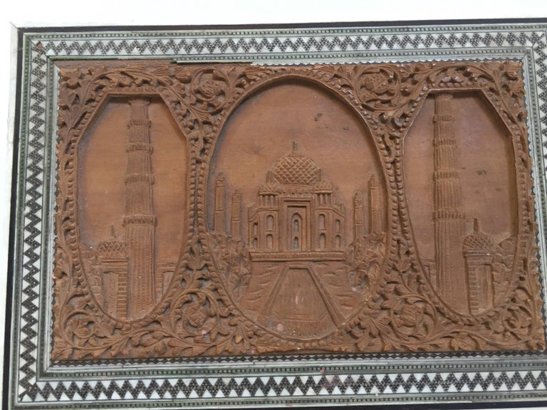 Hand-Carved 19th Century Anglo-Indian Sadeli Mosaic Jewelry Box with Lidded Compartments For Sale