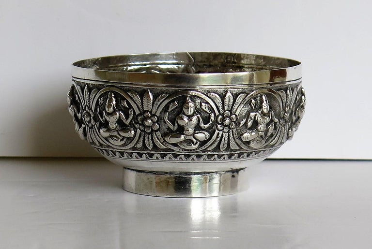 19th Century Anglo Indian Solid Silver small Bowl hand made with chased Dieties For Sale 6