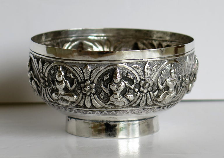19th Century Anglo Indian Solid Silver small Bowl hand made with chased Dieties For Sale 9