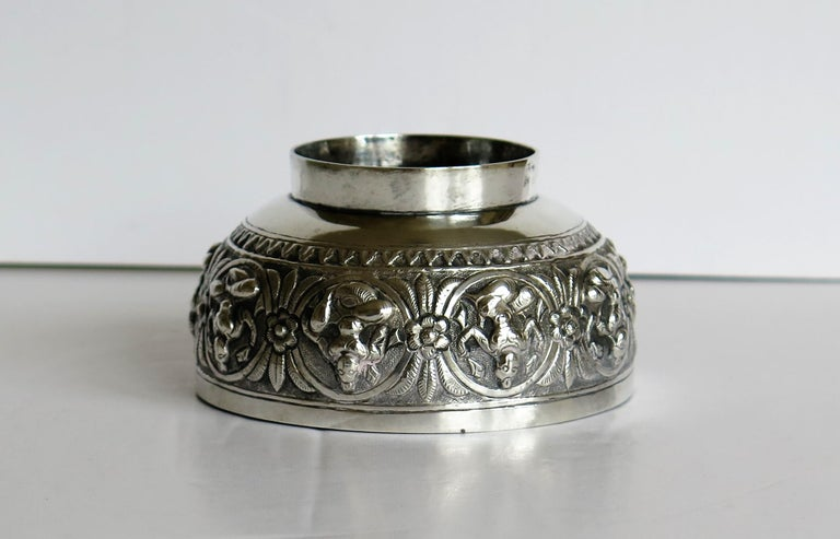 19th Century Anglo Indian Solid Silver small Bowl hand made with chased Dieties For Sale 14