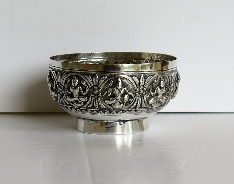 Hand-Crafted 19th Century Anglo Indian Solid Silver small Bowl hand made with chased Dieties For Sale