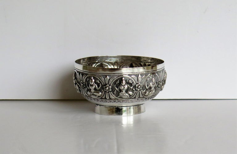 19th Century Anglo Indian Solid Silver small Bowl hand made with chased Dieties For Sale 1