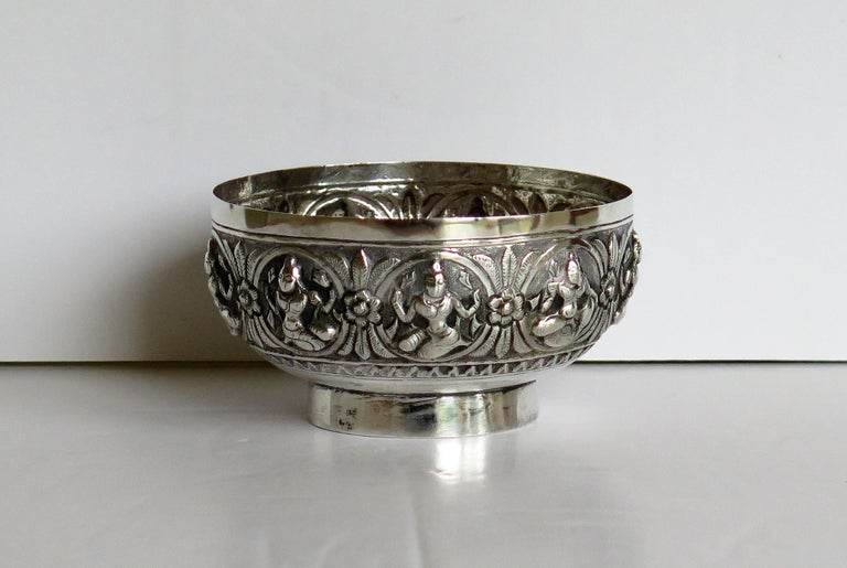 19th Century Anglo Indian Solid Silver small Bowl hand made with chased Dieties For Sale 2