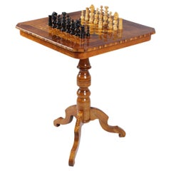 19th Century Antique Chess Table, Walnut, Italy circa 1850, Without Chess Pieces