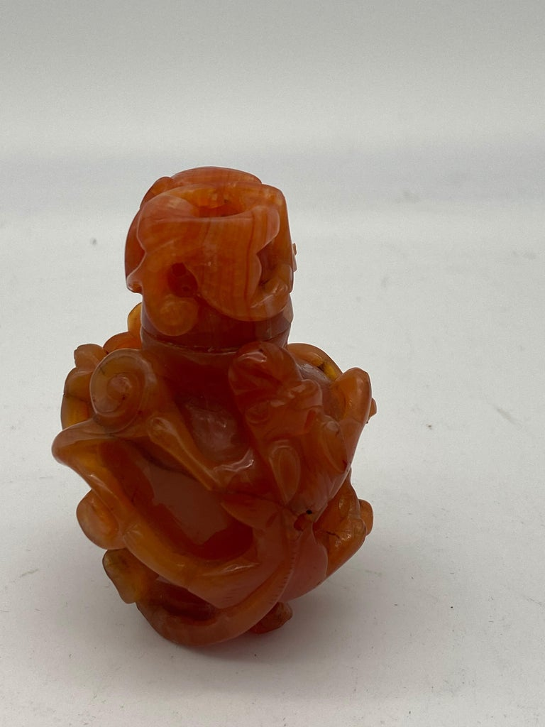 19th Century Antique Chinese Agate Bottle For Sale 8