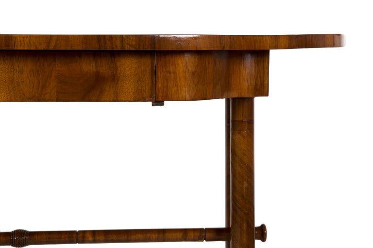 Walnut 19th Century Austrian Biedermeier Antique Writing Table Desk, circa 1825-1845 For Sale