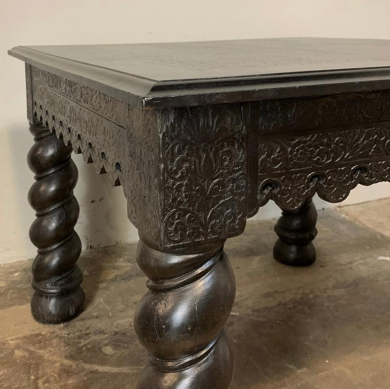 Hand-Carved 19th Century Barley Twist Square End Table For Sale