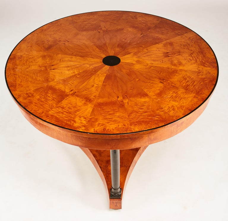Burl 19th Century Biedermeier Center or Round Dining Table with Columns on Ball Feet For Sale