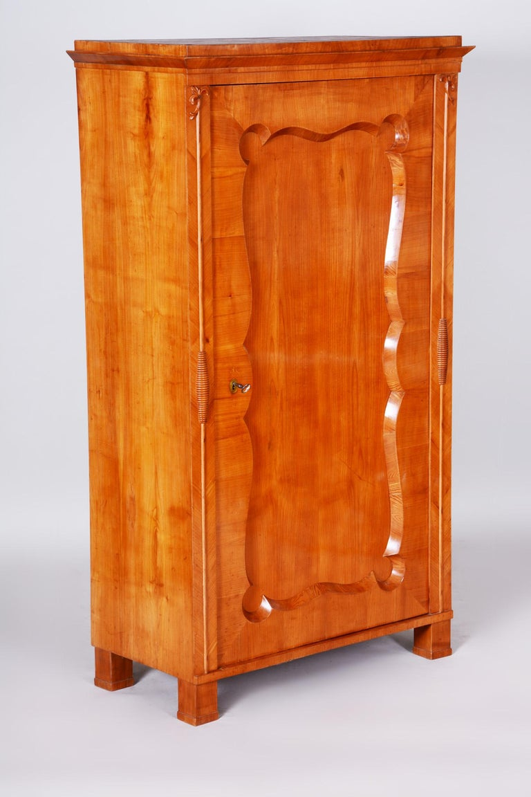 19th Century Biedermeier Cherry Pair of Wardrobes, Completely Restored, 1840s For Sale 6