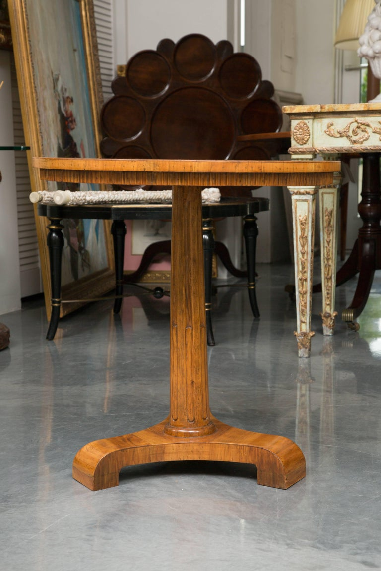 19th Century Biedermeier Cherrywood Circular Side Table For Sale 1