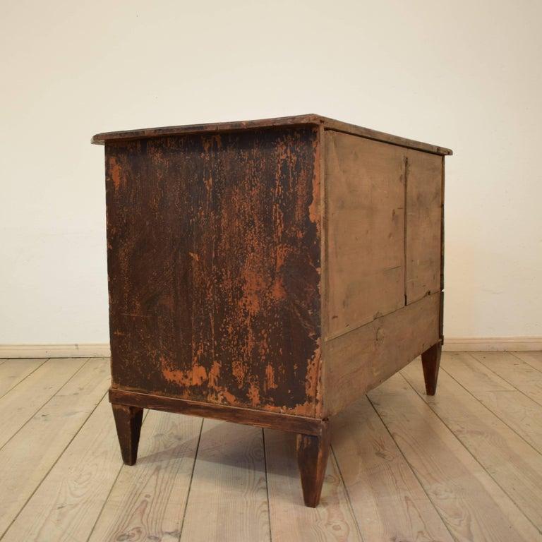 19th Century Biedermeier / Gustavian Chest of Drawers For Sale 4