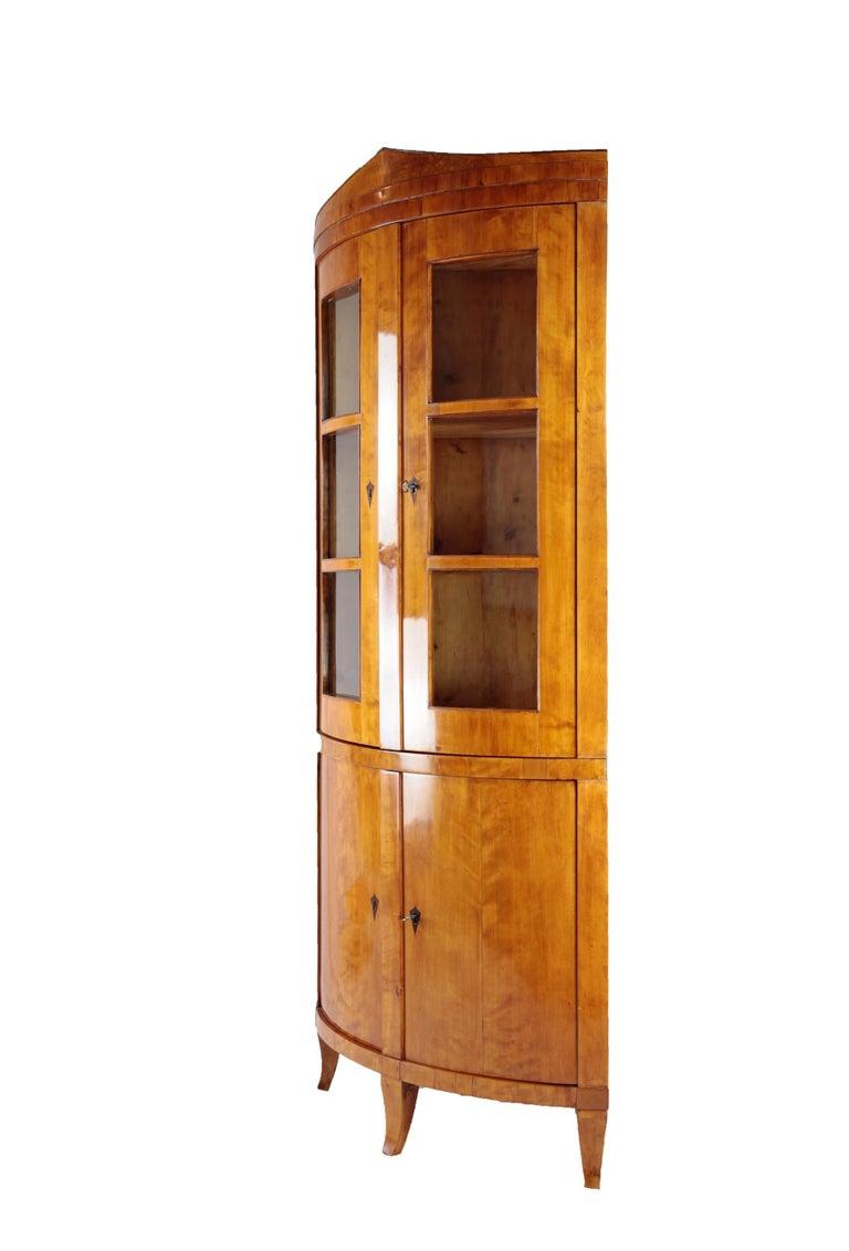 German 19th Century Biedermeier Period Corner Cupboard, circa 1820-1830, Birchwood For Sale