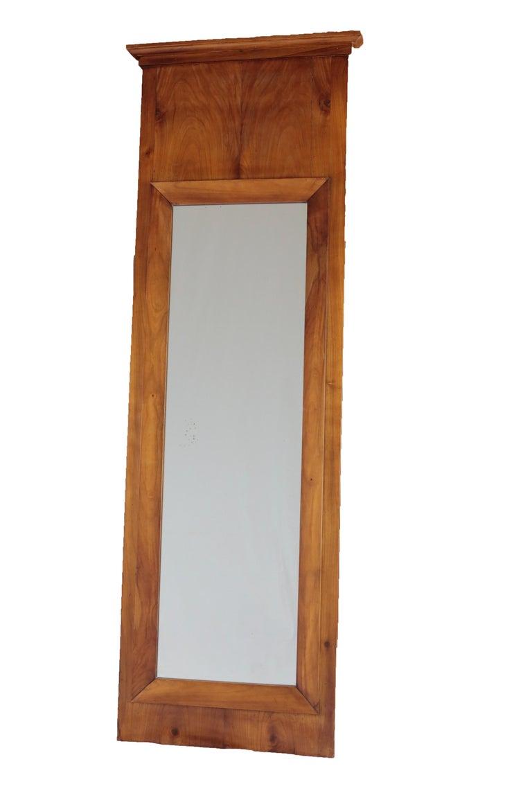 19th Century Biedermeier Period Pillar Mirror, Cherry Tree, Lightbrown In Good Condition For Sale In Muenster, NRW