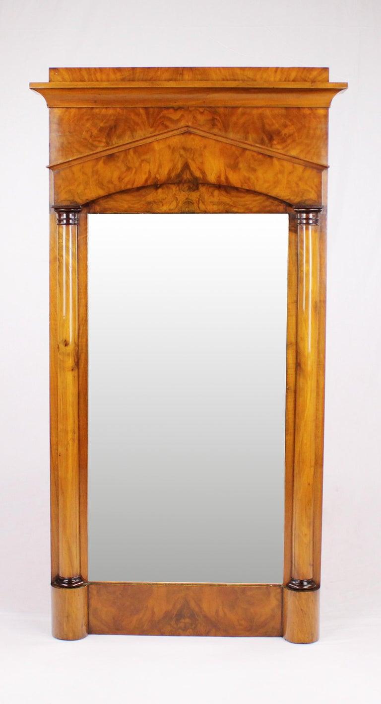 Veneer 19th Century Biedermeier Period Pillar Mirror, Germany, circa 1820 Nutwood Brown For Sale