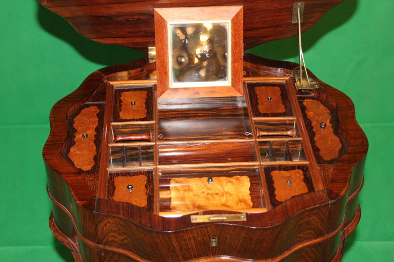 19th Century Biedermeier Rosewood Work Table For Sale 2
