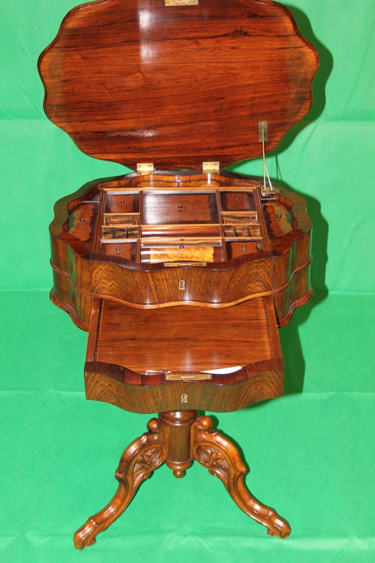 19th Century Biedermeier Rosewood Work Table For Sale 3
