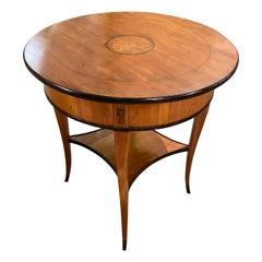 19th Century Biedermeier Round Side Table in Cherrywood