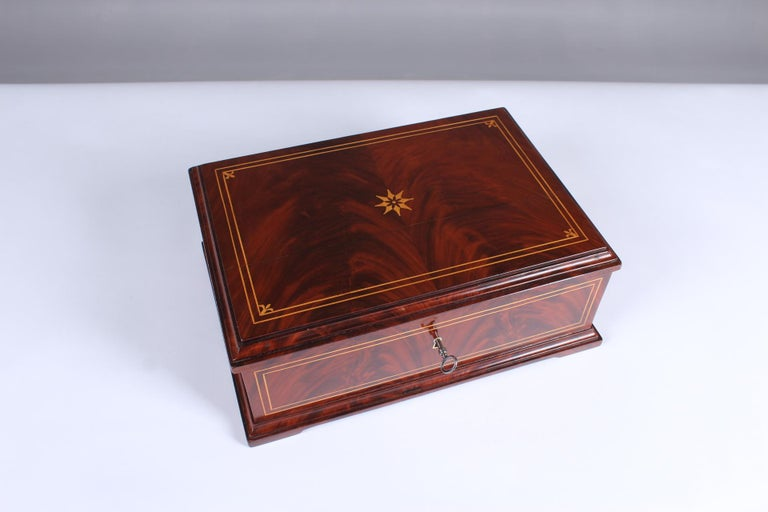 Biedermeier sewing or jewelry box