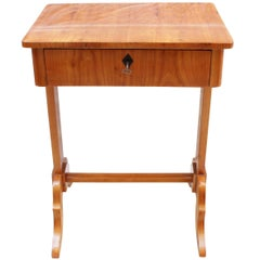 19th Century Biedermeier Sewing or Side Table Made of Cherrywood