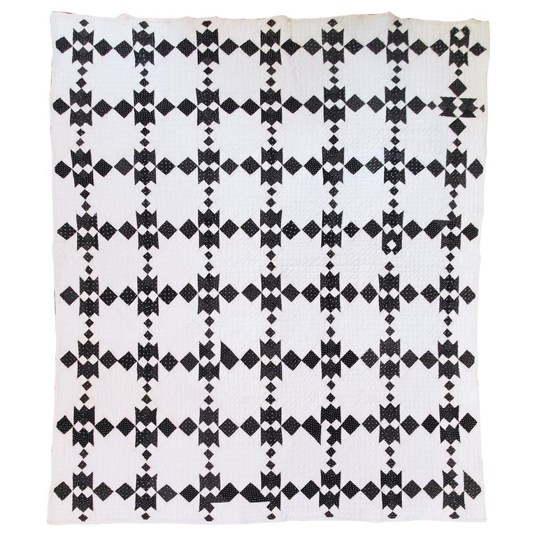 19th Century Black and White Geometric Quilt For Sale