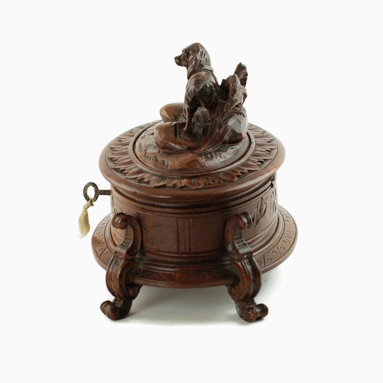 19th Century Black Forest Carved Wood Dog Motif Velvet Lined Casket with Key For Sale 3