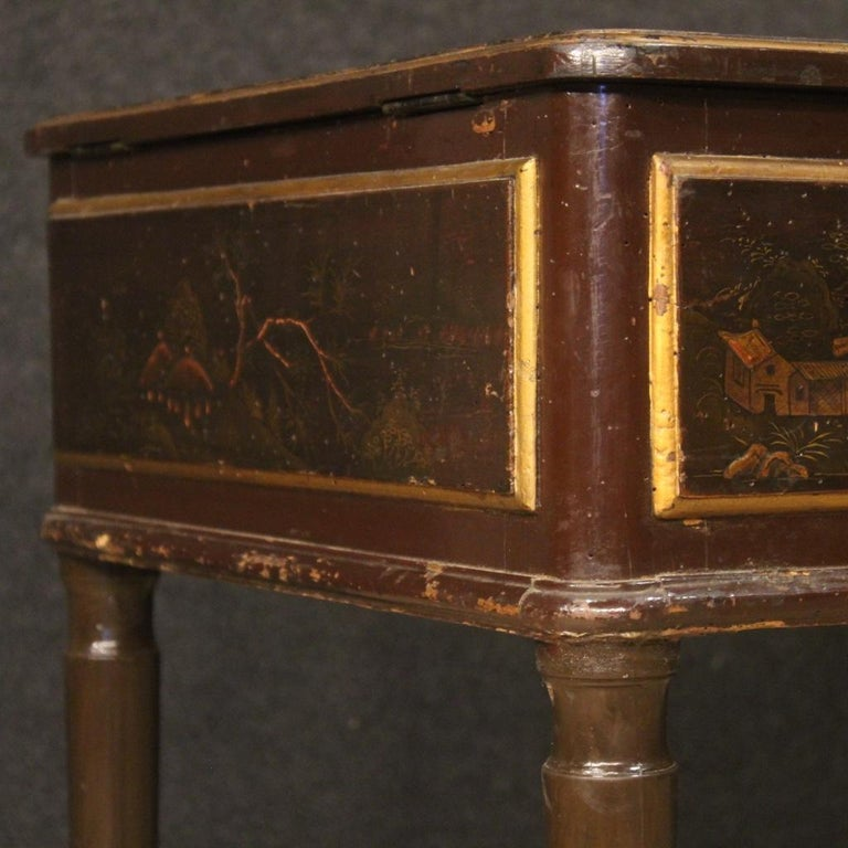 19th Century Black Lacquered Chinoiserie Wood French Dressing Table, 1880 For Sale 6