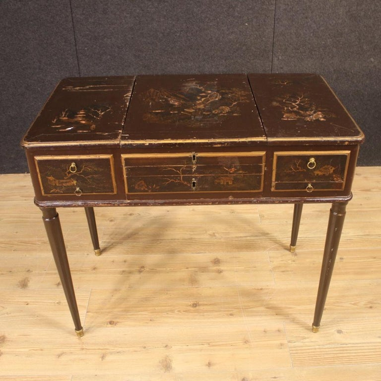 19th Century Black Lacquered Chinoiserie Wood French Dressing Table, 1880 In Fair Condition For Sale In Vicoforte, Piedmont
